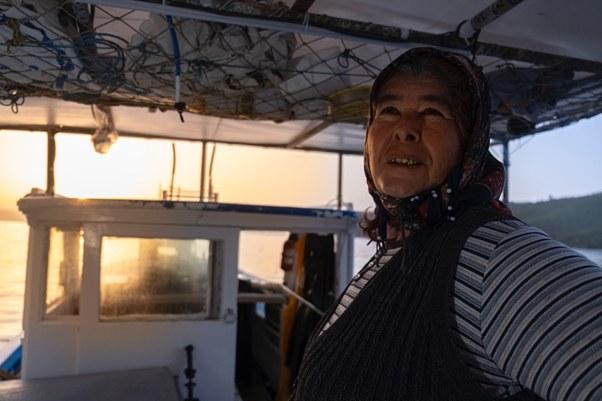 Fisherwoman_1.jpg